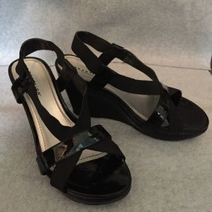 Black Kenneth Cole Reaction Wedge Sandals